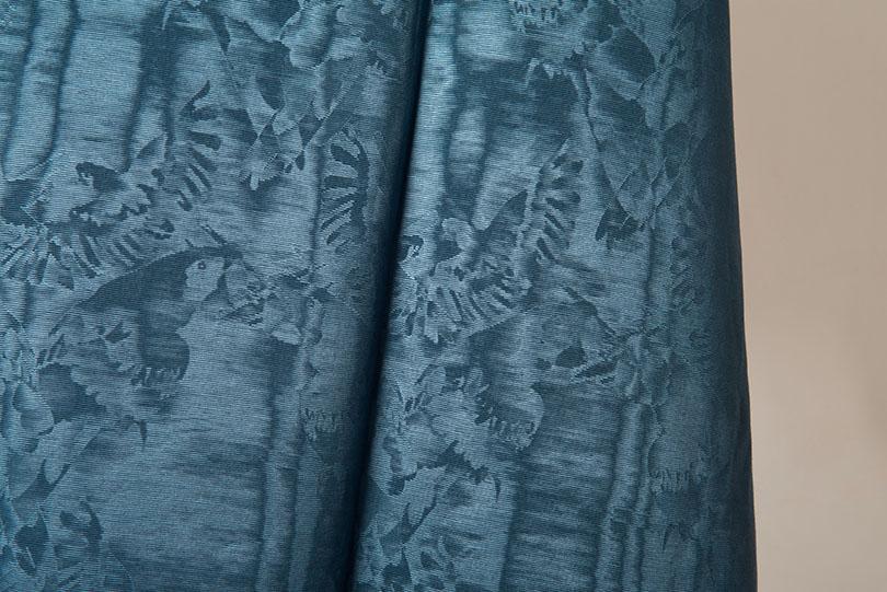 La moire benaud cr ation et fabrication de tissus et for Velours de soie ameublement